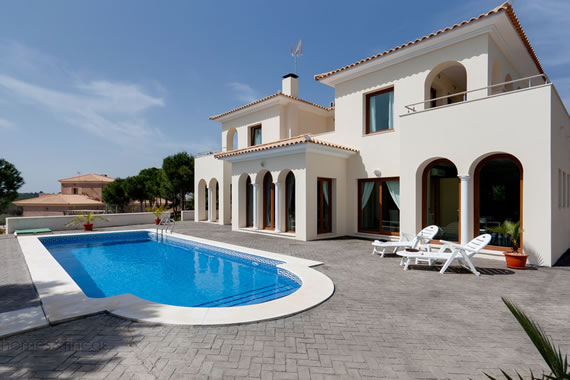 Villas For Sale In Ayamonte