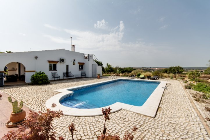 Finca Mit Pool In Cartaya