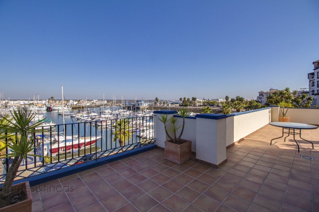 Apartments sale spain beach apartment with 80m2 terrace for 110 3rd dilido terrace